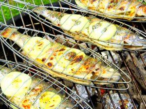 grillade de poisson au barbecue pour l'été